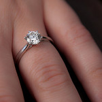 Rozdiel medzi snubným prsteňom a obrúčkou