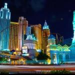"""Fotografia """"Las Vegas, Nevada, USA"""" od """"Moyan Brenn"""" licencovaná pod CC BY 2.0."""