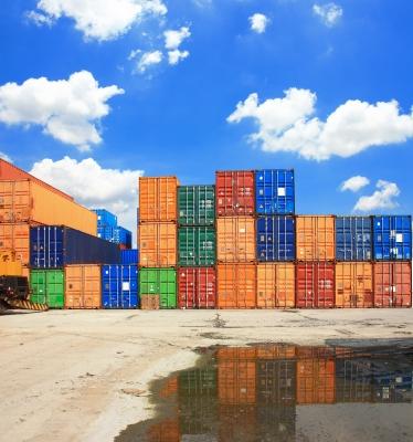 Rozdiel medzi exportom a importom